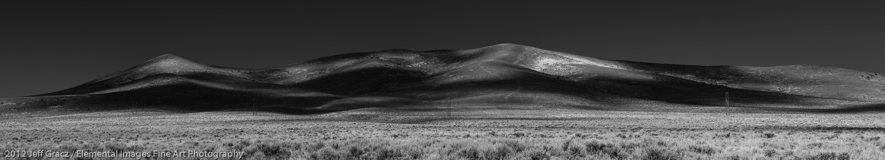 Sage Hills | Somewhere near Wells | NV | USA - © 2012 Jeff Gracz / Elemental Images Fine Art Photography - All Rights Reserved Worldwide